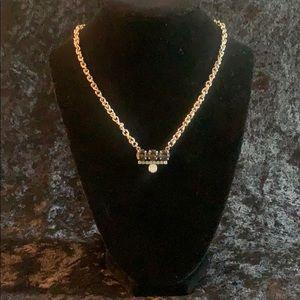 Sabika Spring 14' Easy Shades Necklace